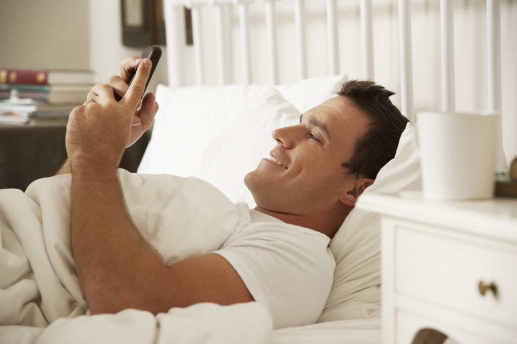 5 Ways To Make Any Man Melt Using Nothing But Your Thumbs