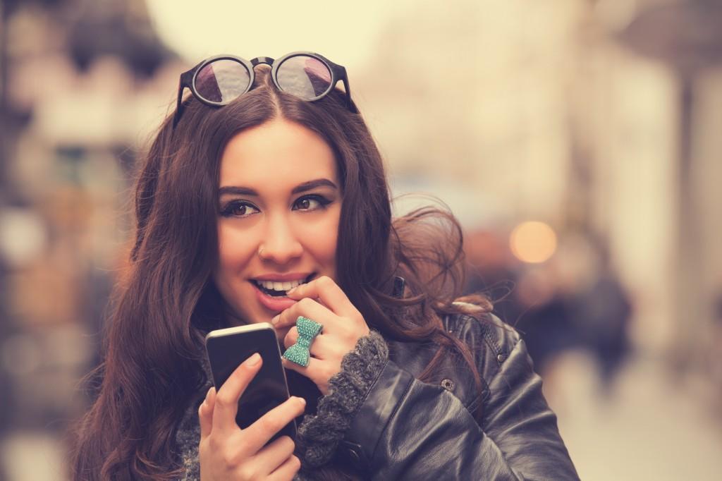 flirtatious texting